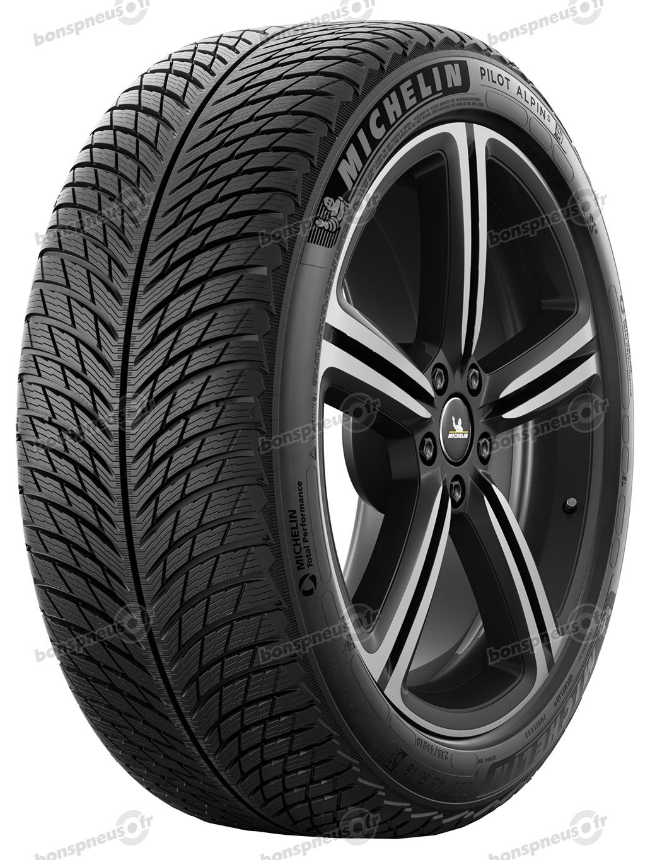 pneus d 39 hiver pour 4x4 michelin pneus de marques roues compl tes et jantes. Black Bedroom Furniture Sets. Home Design Ideas